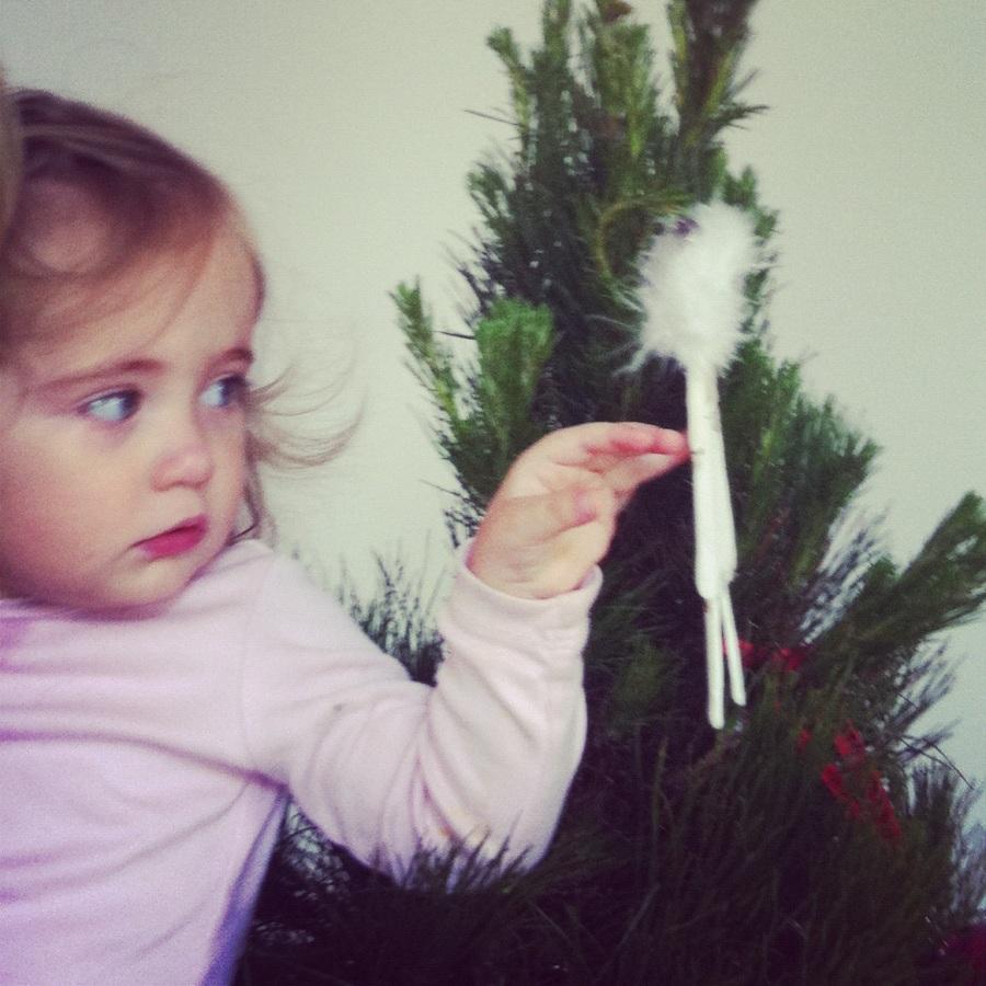 uh oh christmas tree 004